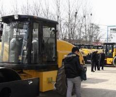 洛阳路通重工123辆压路机将被运往尼日利亚
